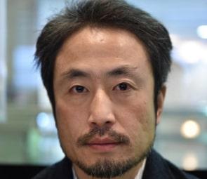 安田純平が解放 韓国人説、プロ人質疑惑に ...